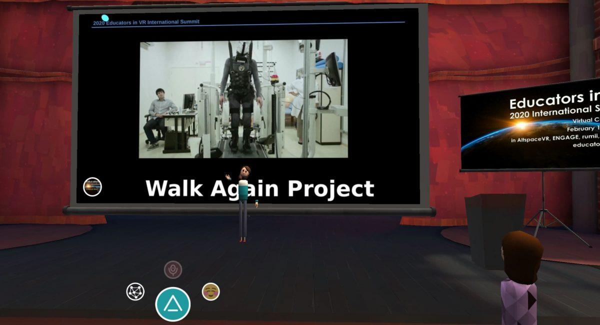 attend an event in virtual reality / conférence en réalité virtuelle Altspace Vr